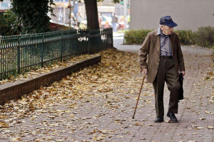 obowiazki opiekunki osoby starszej